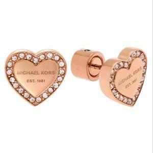 Last one!Michael Kors Heart Stud Earring Rose Gold
